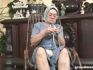 Perverted chunky wrinkled granny flashes her mature pussy via solo