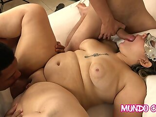 Thickset Milf Nailing - Hot Gangbang