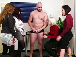 Ladies' up a small shaft gets teased and blown by Bluebell and their way friends