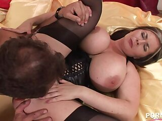Fat titty babe Constance Devil enjoys a Fat dick with regard to between her juicy jugs GP1345
